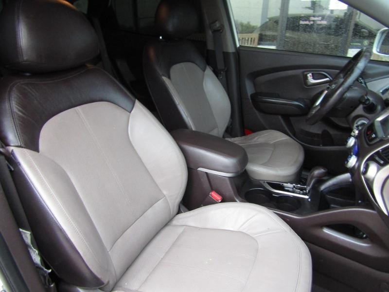 Hyundai Tucson 2011 price CALL FOR PRICE