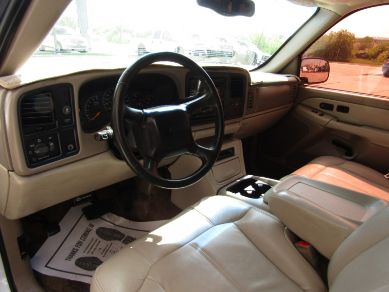Chevrolet Suburban 2001 price CALL FOR PRICE