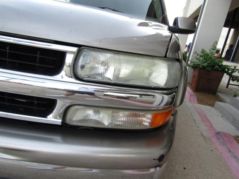 Chevrolet Suburban 2003 price $8,990 Cash