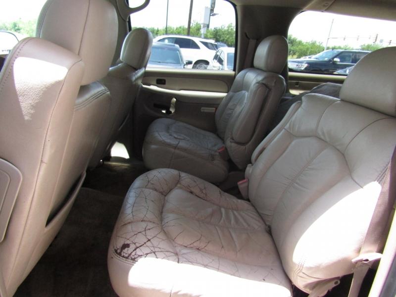 Chevrolet Suburban 2002 price $7,990 Cash