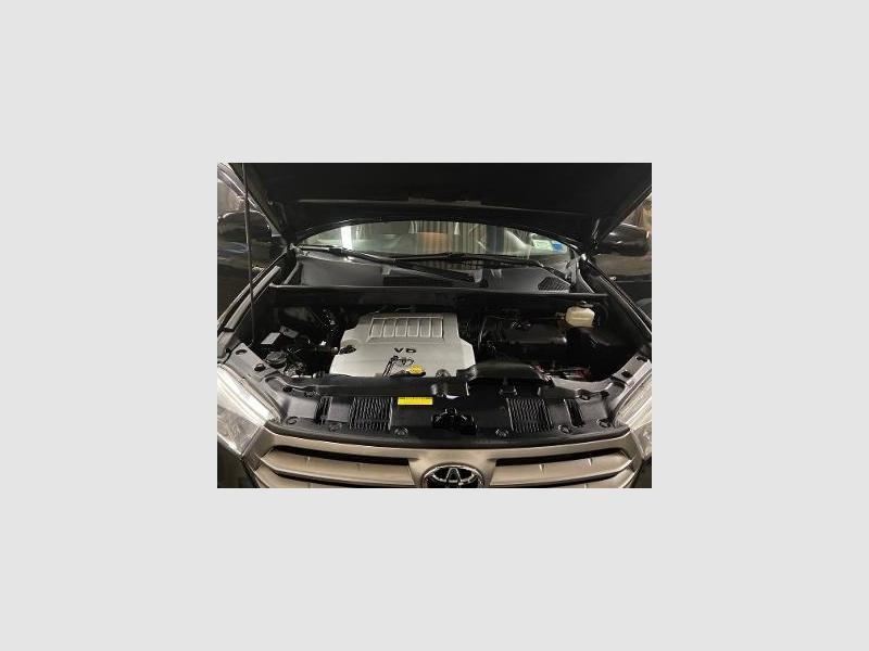 Toyota Highlander 2013 price $18,995