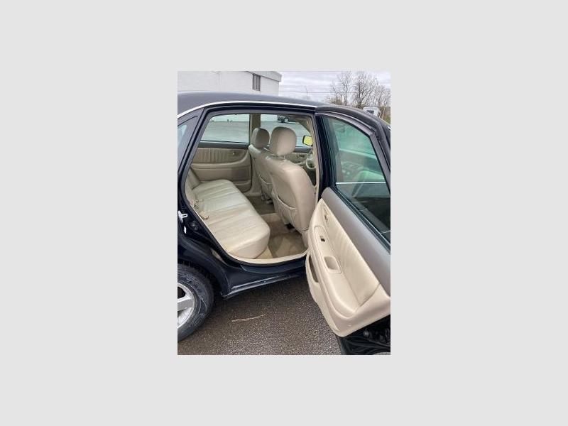 Toyota Avalon 2001 price $5,995