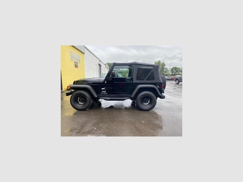 Jeep Wrangler 2004 price $13,995