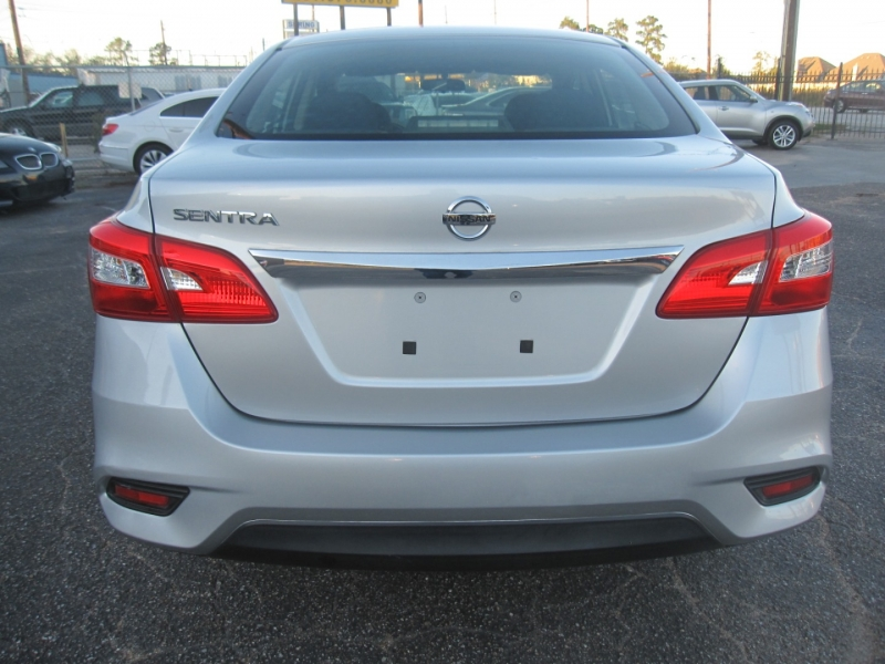 Nissan Sentra 2016 price $7,600
