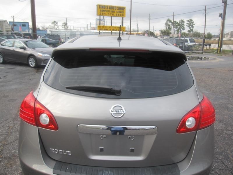 Nissan Rogue 2013 price $6,995