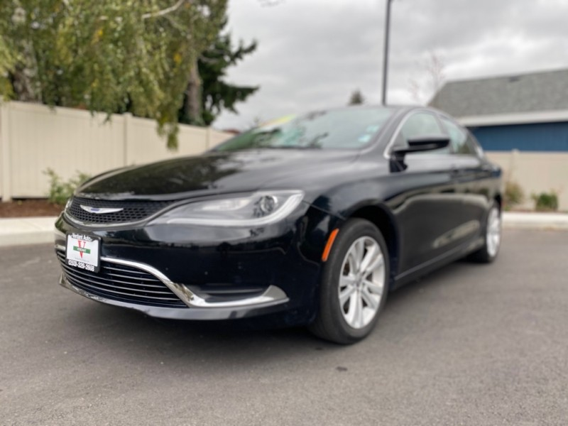 CHRYSLER 200 2016 price $11,991
