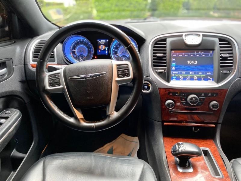 Chrysler 300-Series 2014 price $13,991