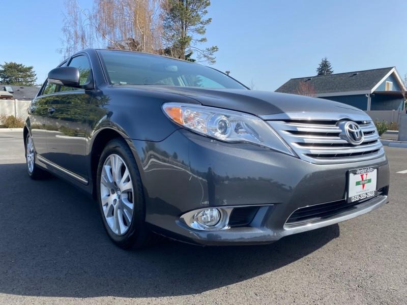 Toyota Avalon 2011 price $14,991