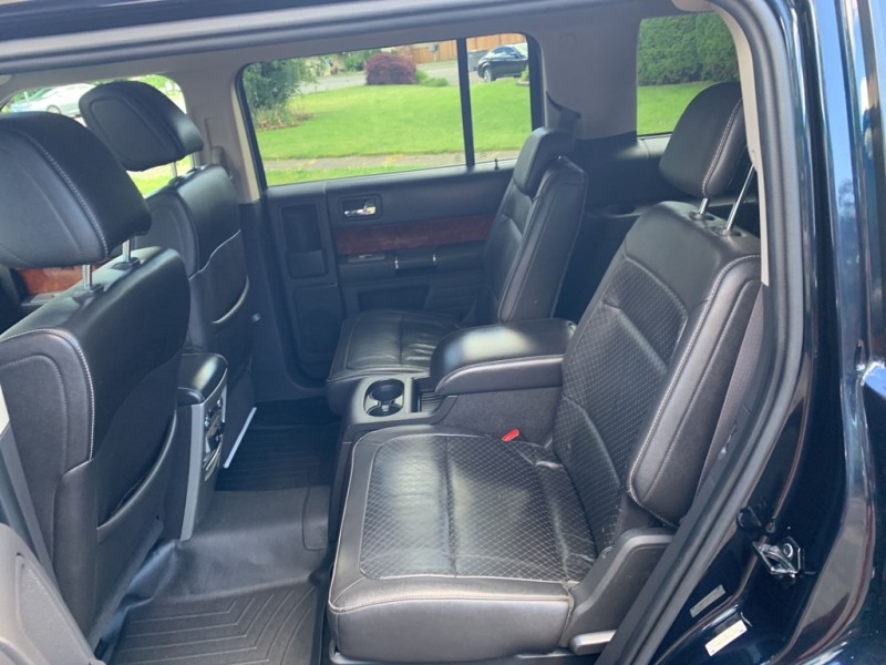 Ford Flex 2010 price $13,991