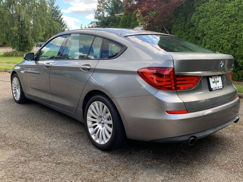 BMW 5 Series Gran Turismo 2011 price $12,991