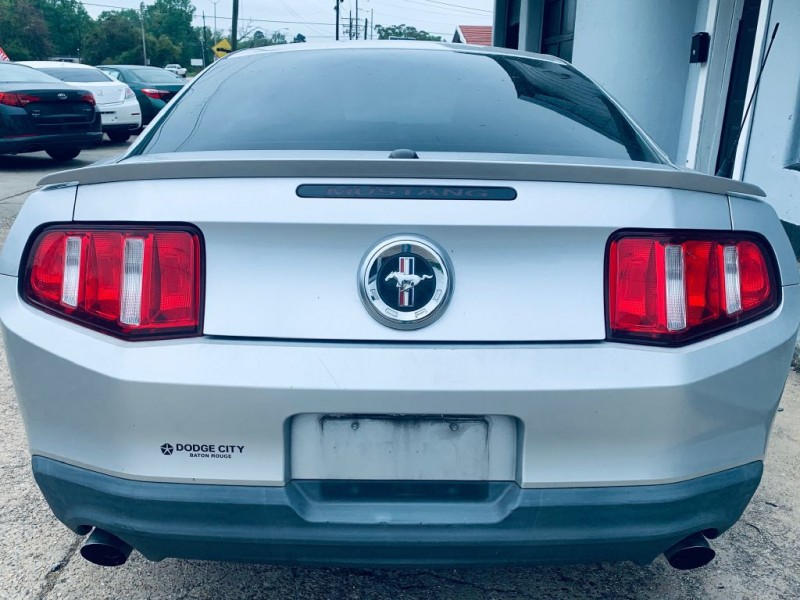 FORD MUSTANG 2012 price $9,995