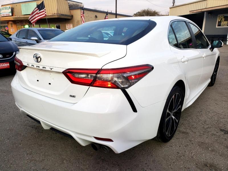 Toyota Camry 2019 price $22,495