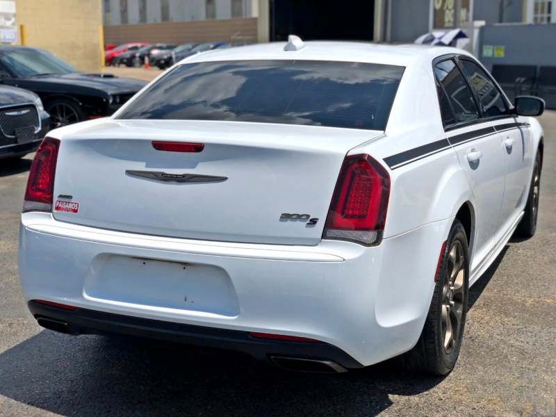 Chrysler 300 2016 price Call for Pricing.