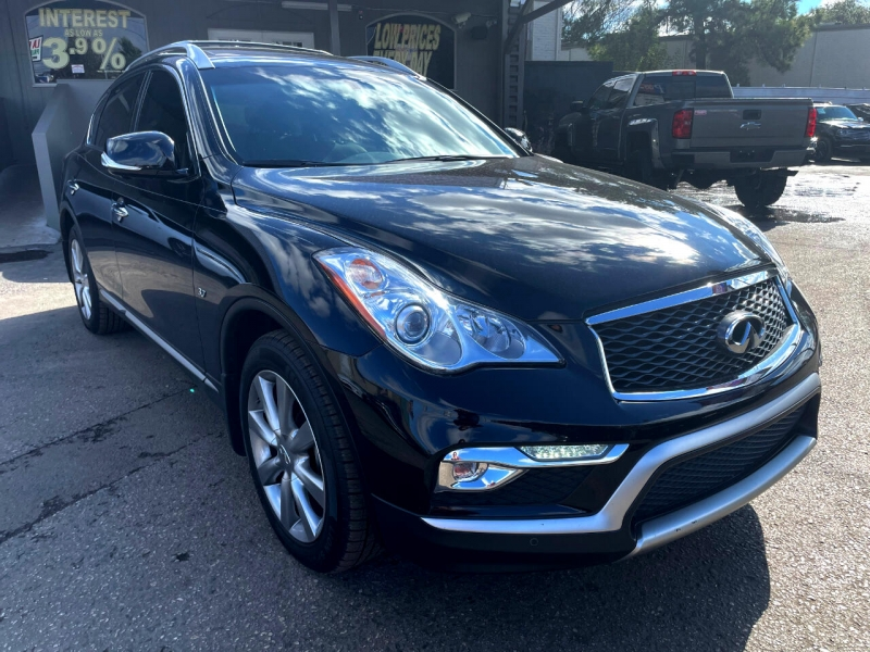Infiniti QX50 2017 price Call for Pricing.