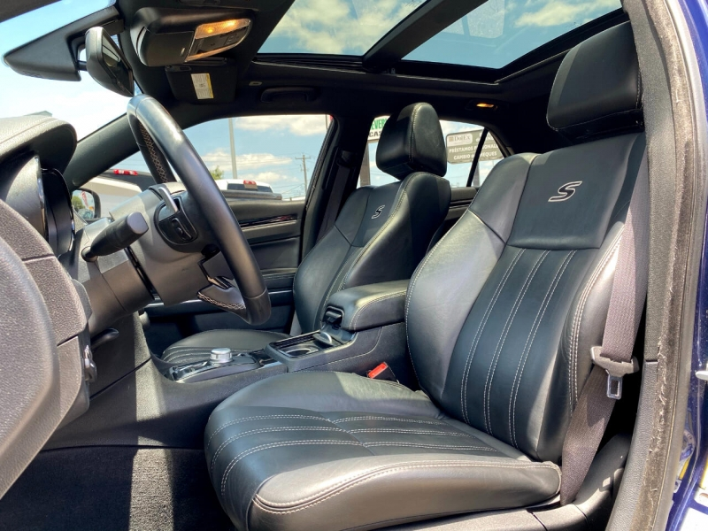 Chrysler 300 2017 price Call for Pricing.