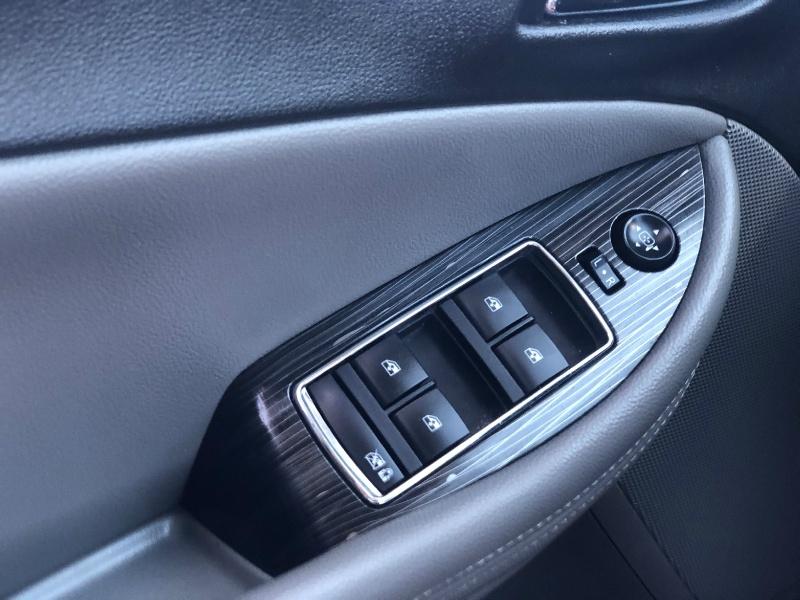 Chevrolet Impala 2018 price $19,995