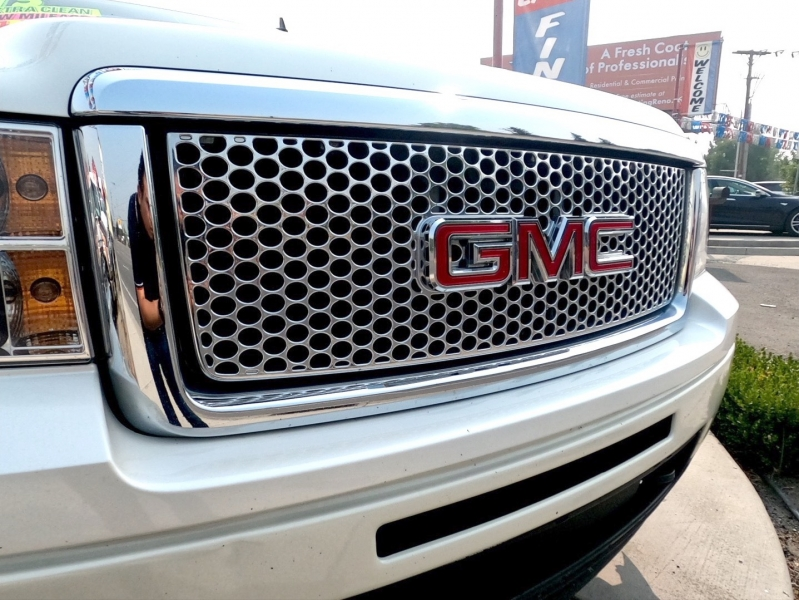 GMC Sierra 1500 2013 price $32,995