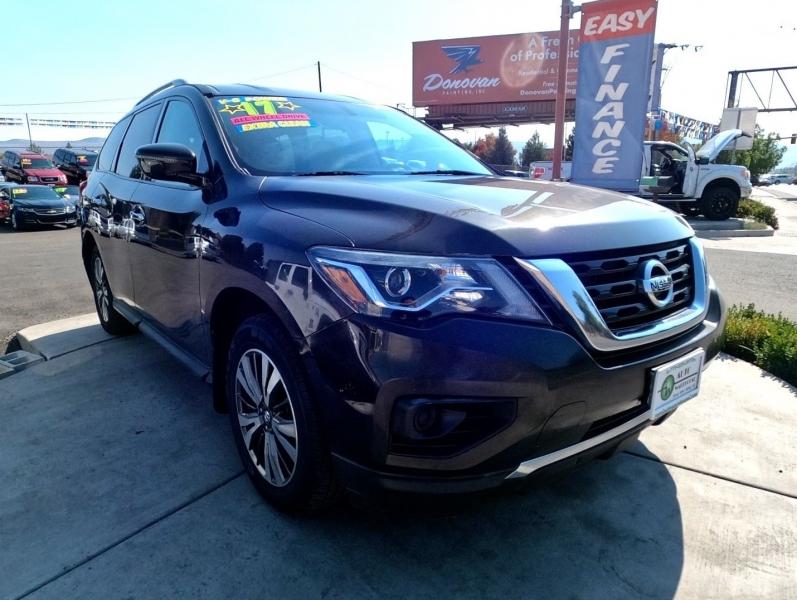 Nissan Pathfinder 2017 price $20,995