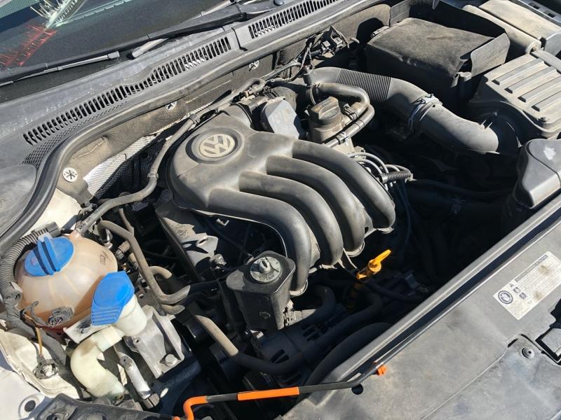 Volkswagen Jetta Sedan 2013 price $10,995