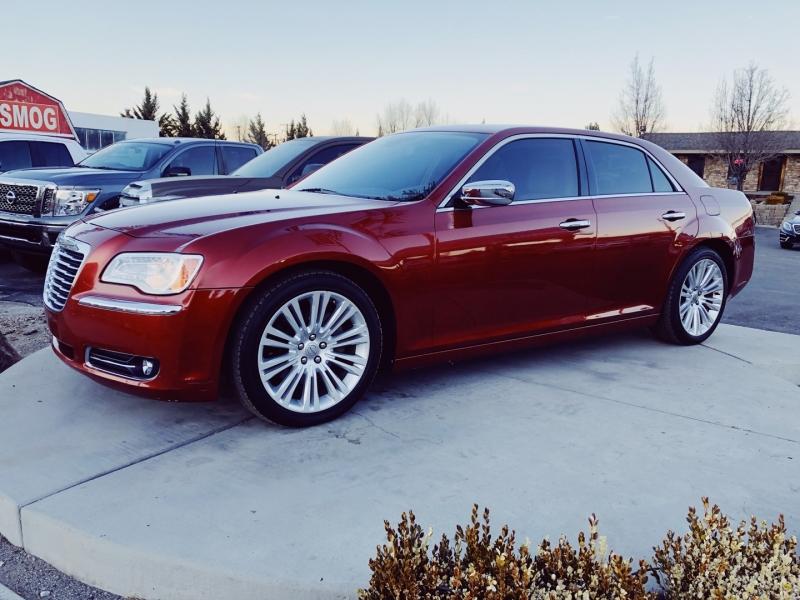 Chrysler 300 2012 price $17,632