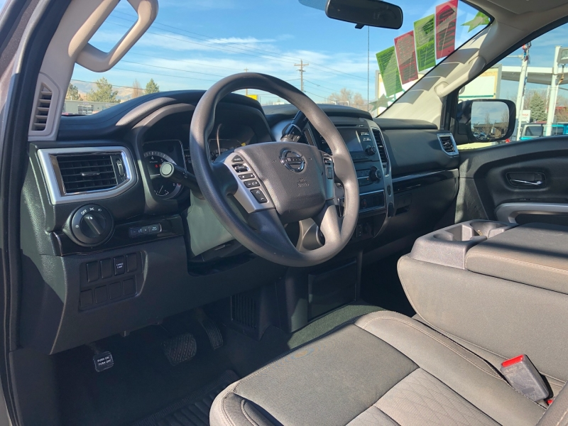 Nissan Titan 2017 price $37,995