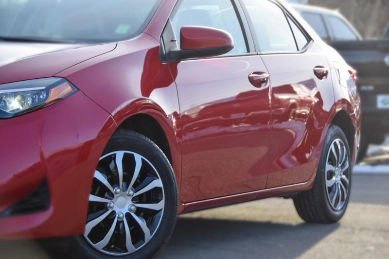 Toyota Corolla 2018 price $14,995