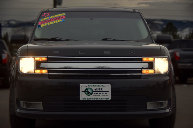 Ford Flex 2014 price $19,995