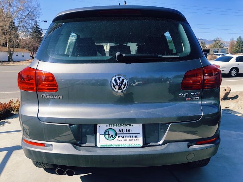 Volkswagen Tiguan 2016 price $21,995