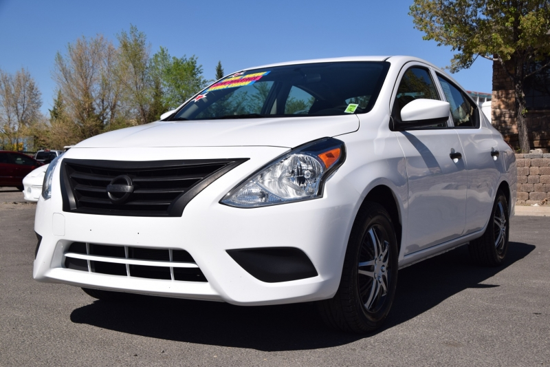 Nissan Versa Sedan 2019 price $15,995
