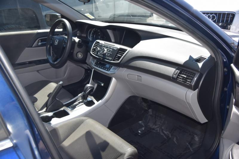 Honda Accord Sedan 2015 price $18,995