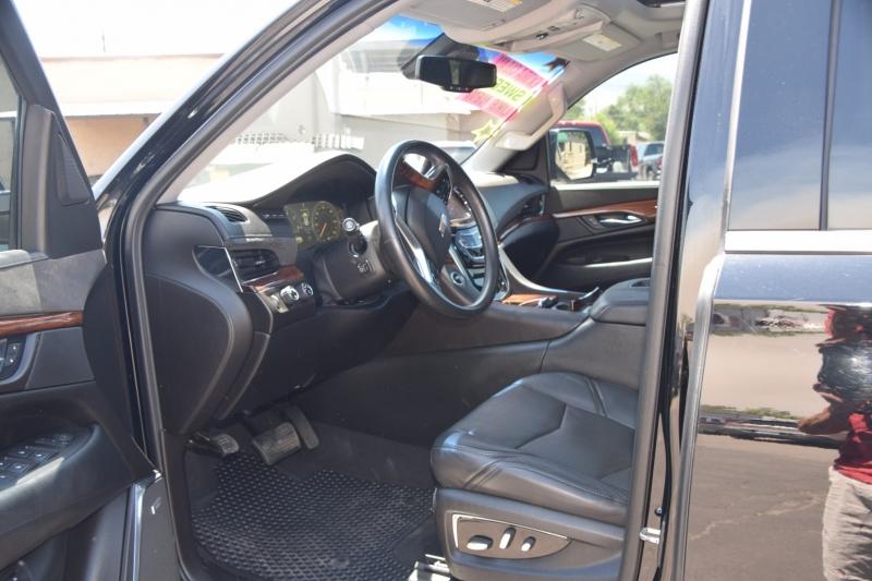 Cadillac Escalade ESV 2015 price $59,996