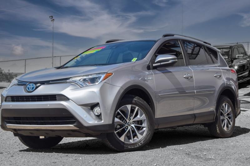 Toyota RAV4 Hybrid 2017 price $26,995