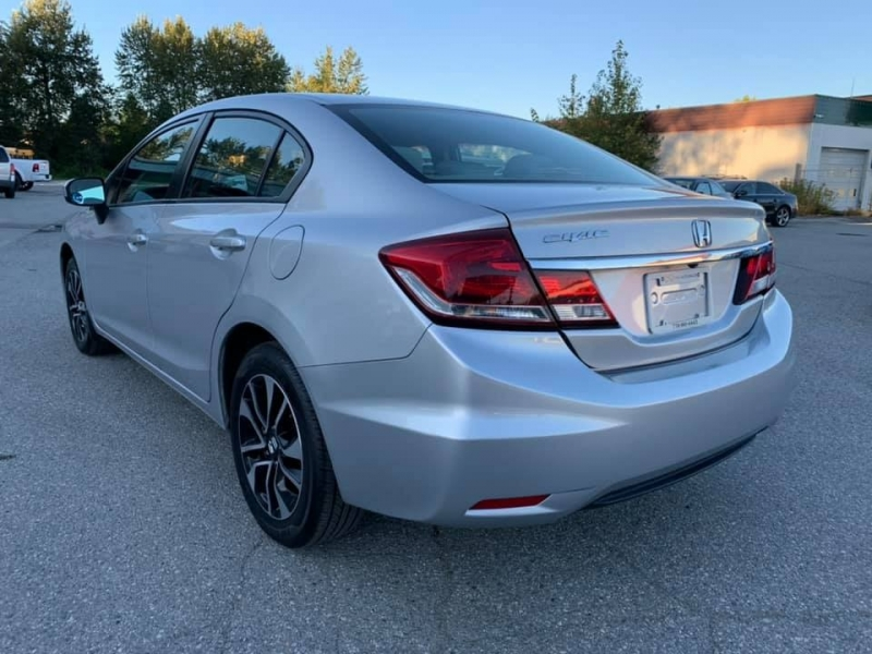 Honda Civic Sedan 2015 price $11,888