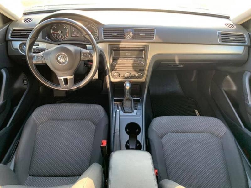 Volkswagen Passat 2013 price $7,888