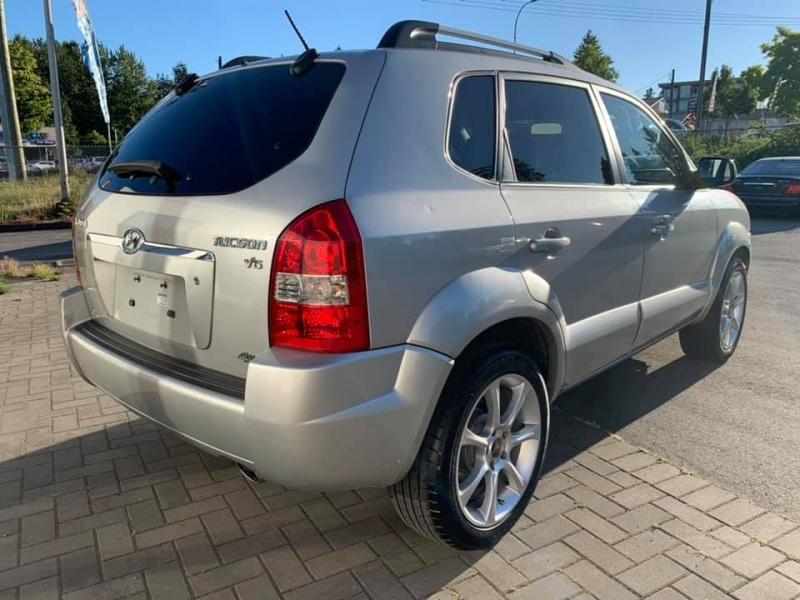 Hyundai Tucson 2008 price $7,888