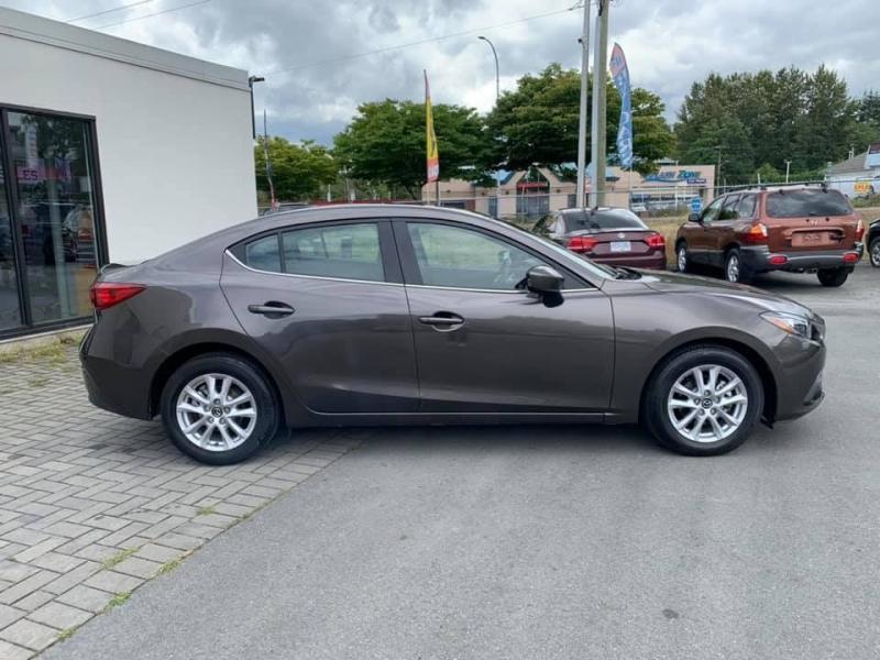 Mazda Mazda3 2015 price $13,888