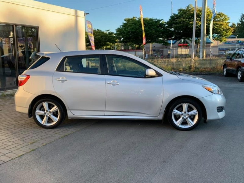 Toyota Matrix 2009 price $7,869