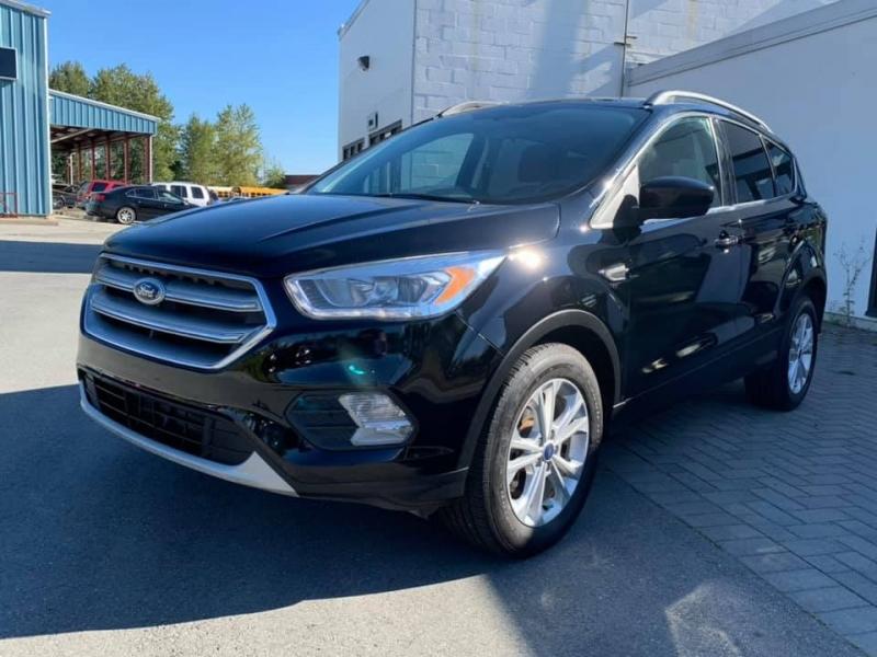 Ford Escape 2017 price $14,869