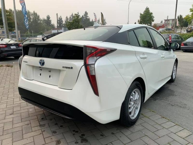 Toyota Prius 2017 price $19,888