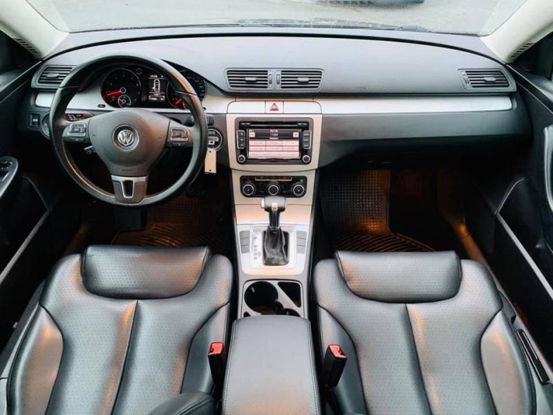 Volkswagen Passat Sedan 2010 price $7,888