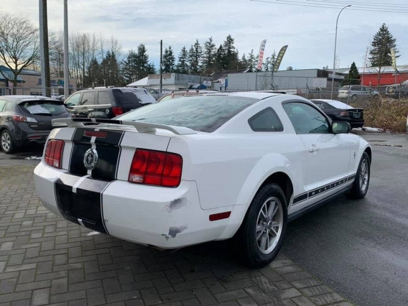 Ford Mustang 2005 price $4,888