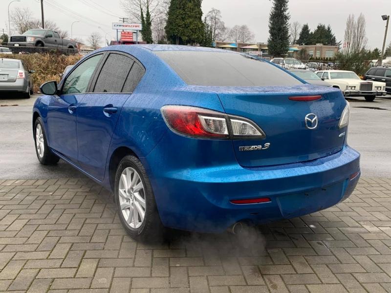 Mazda Mazda3 2012 price $6,888