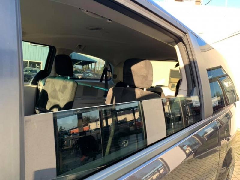 Dodge Grand Caravan 2015 price $10,888