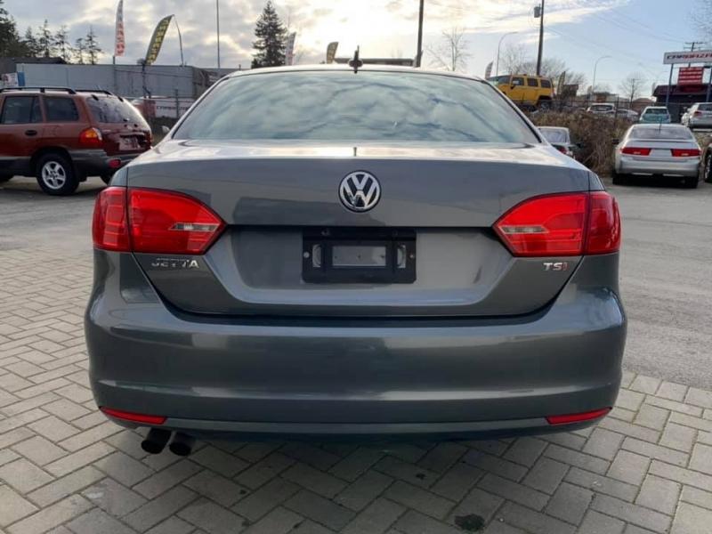 Volkswagen Jetta Sedan 2014 price $10,869