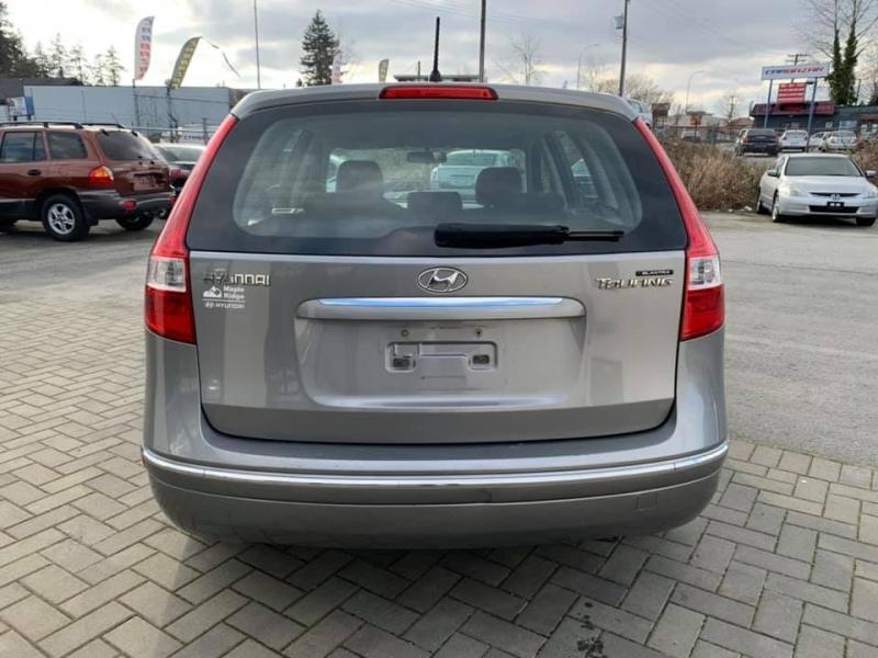 Hyundai Elantra Touring 2012 price $2,869