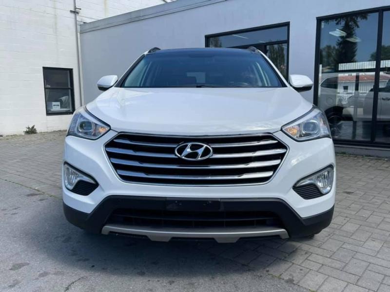 Hyundai Santa Fe 2016 price $22,869
