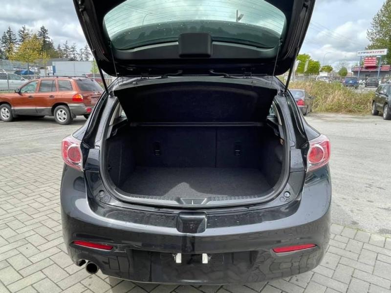 Mazda Mazda3 2013 price $6,869