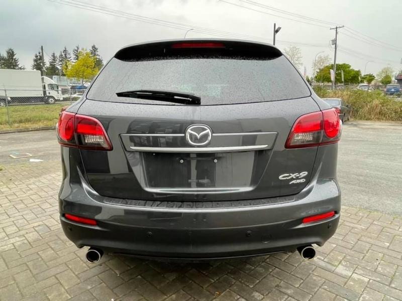 Mazda CX-9 2013 price $14,869