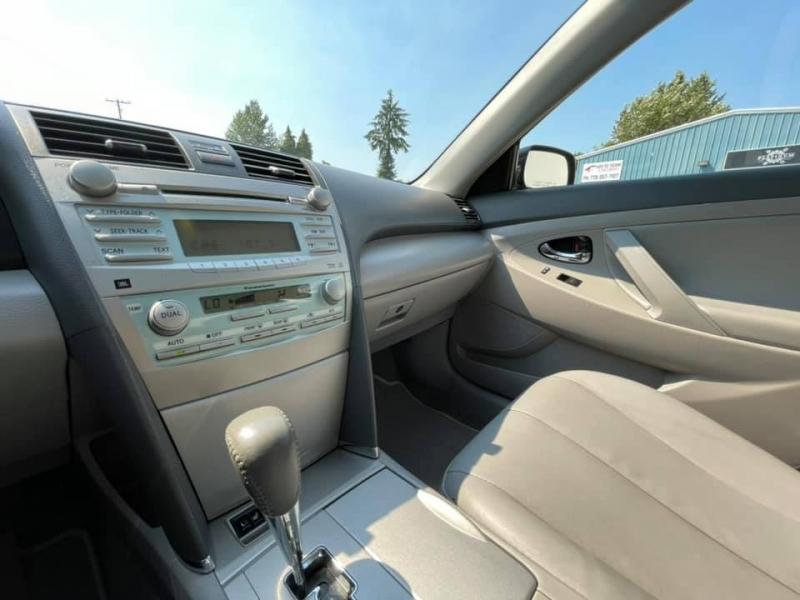 Toyota Camry Hybrid 2008 price $8,869