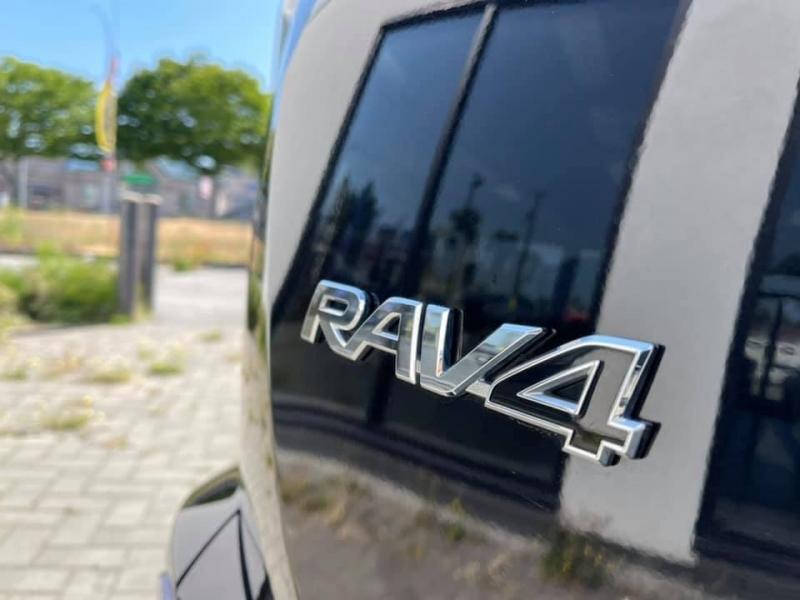 Toyota RAV4 2017 price $22,869